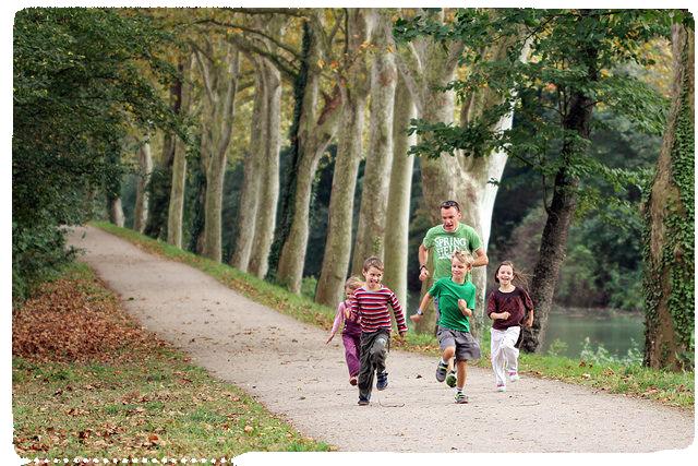 fotorennendemanmetkinderen